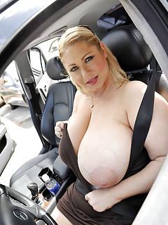 Big Tits BBW Pics